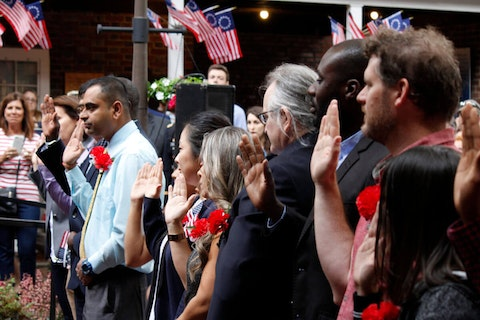 A naturalization ceremony | Image via Shutterstock