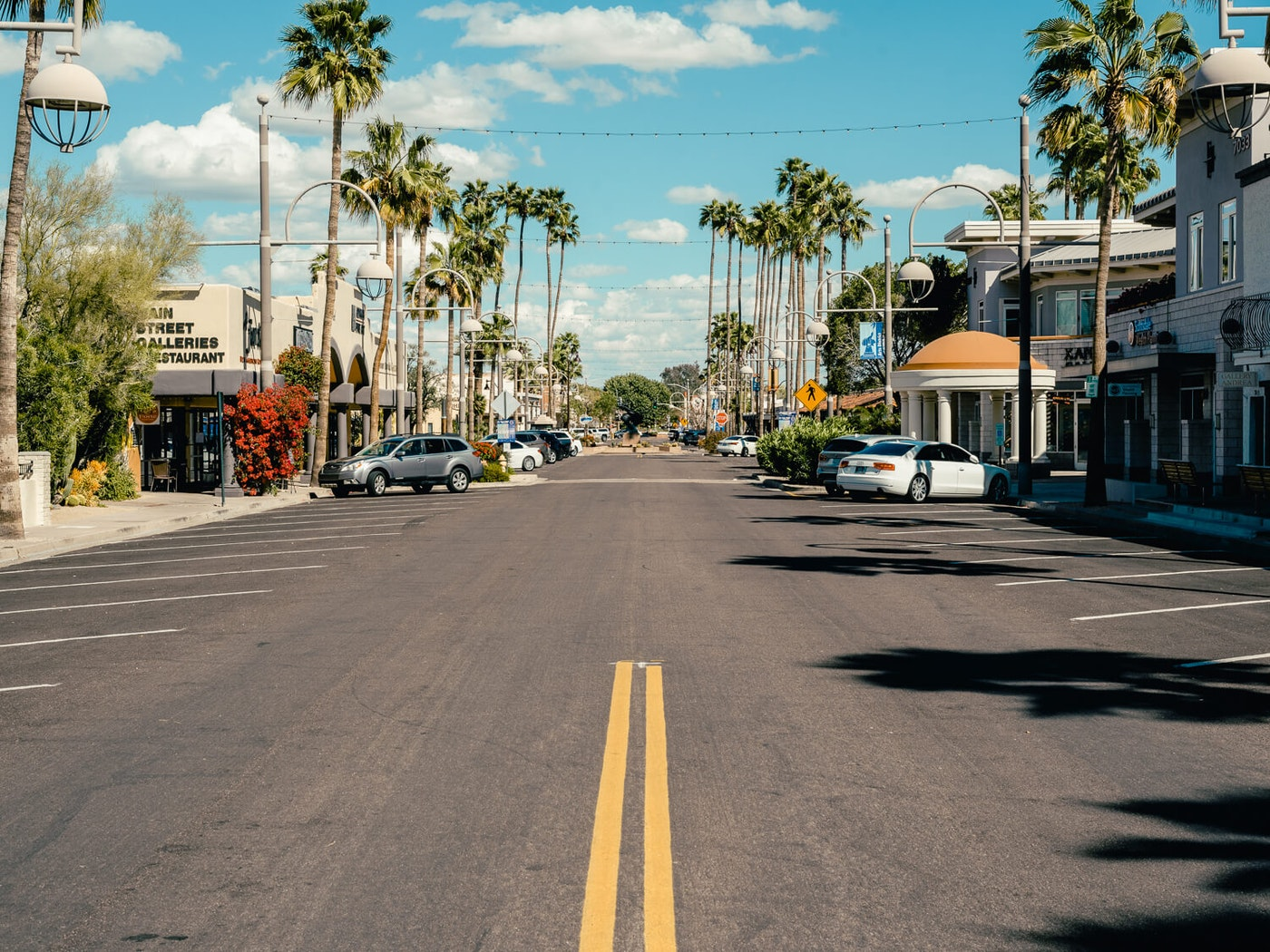 All photos of Tempe, Scottsdale, and Phoenix social distancing provided by Jake Hines