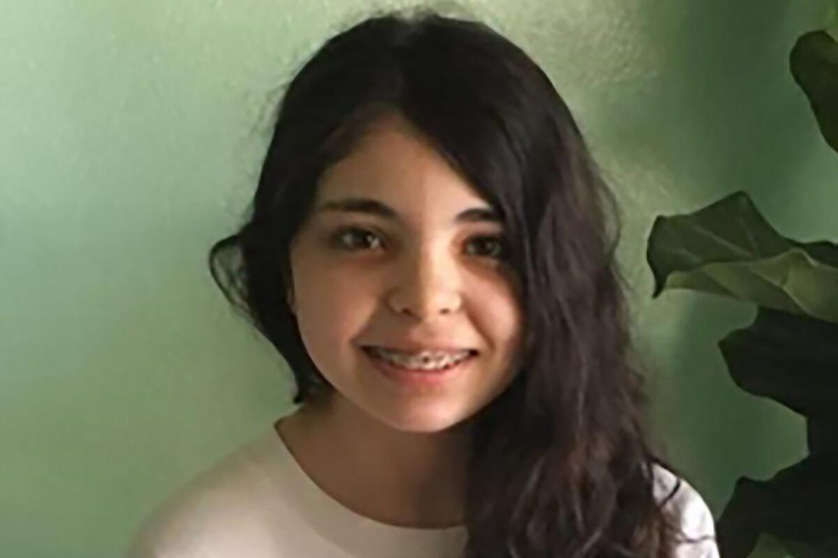 Headshot of Alicia Navarro