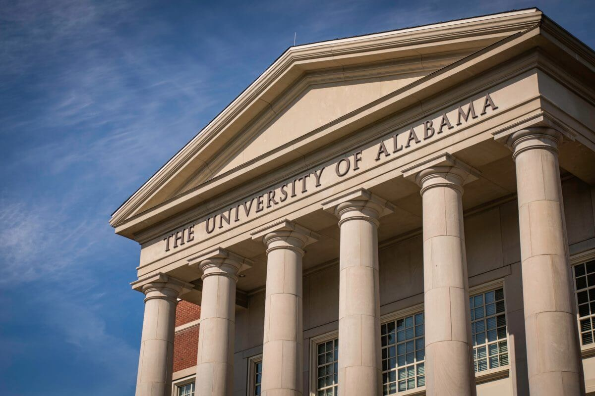The University of Alabama, in Tuscaloosa, is home to one of the largest college outbreaks of COVID-19 in the United States (Shutterstock/Travel_with_me).