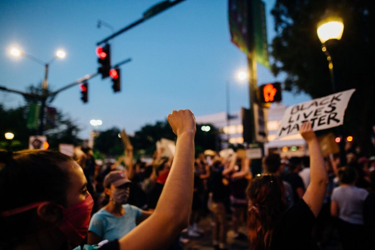 The Black Lives Matter protests are among the main motivations for young Latino voters to go to the polls in 2020.