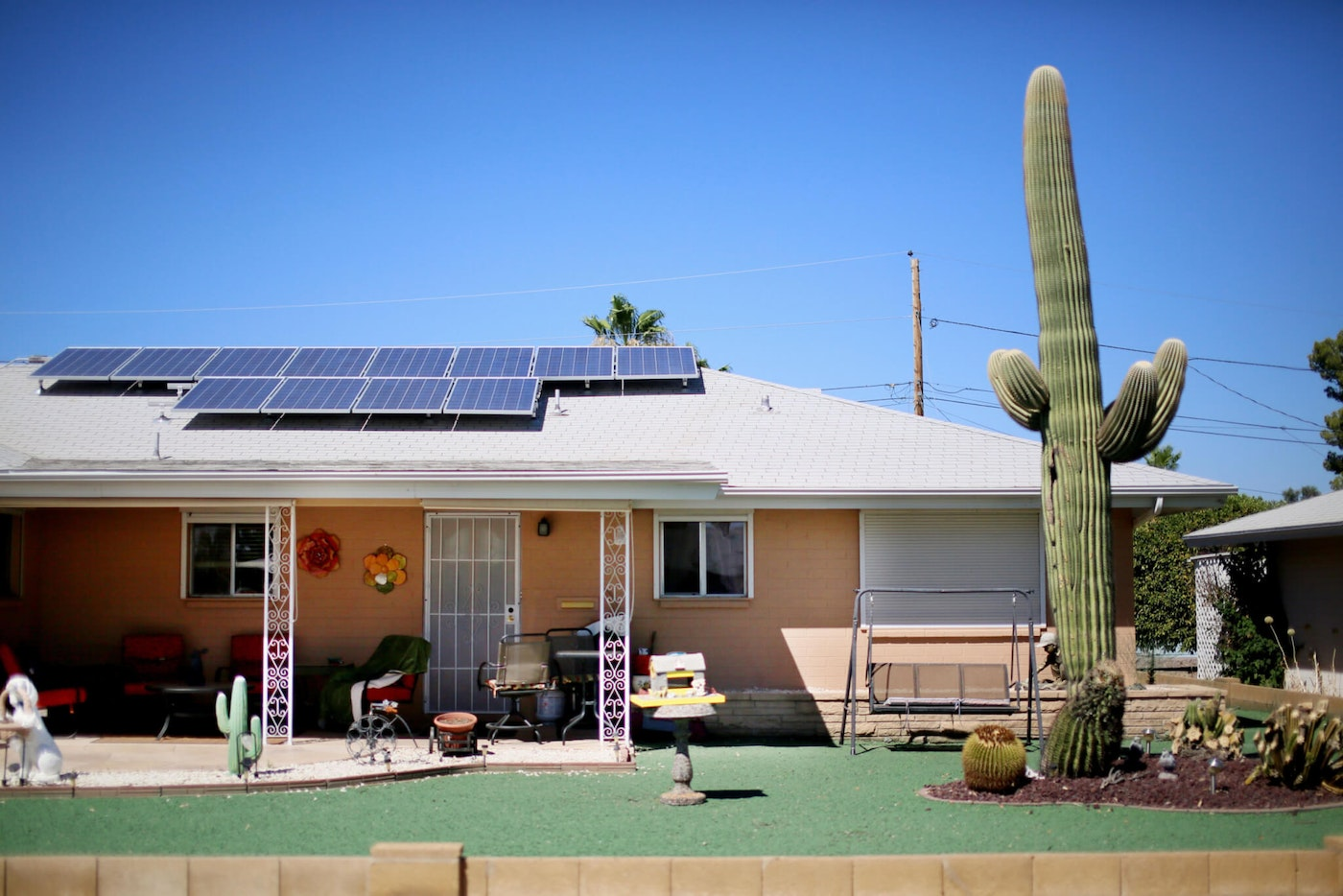 A home in the Lakeview Senior homes area, with solar panels onthe roof, in Sun City, Arizona on Thursday, June 20, 2013. As the solar power industry skirmishes with utilities over the growth of the home solar panel business, it is enlisting a new political ally: Tea Party activists and other conservative voters. Renewable energy firms have traditionally sought help from the political left by touting the environmental benefits of greener power. But as the industry grows outside of California in (Photo by Sandy Huffaker/Corbis via Getty Images)