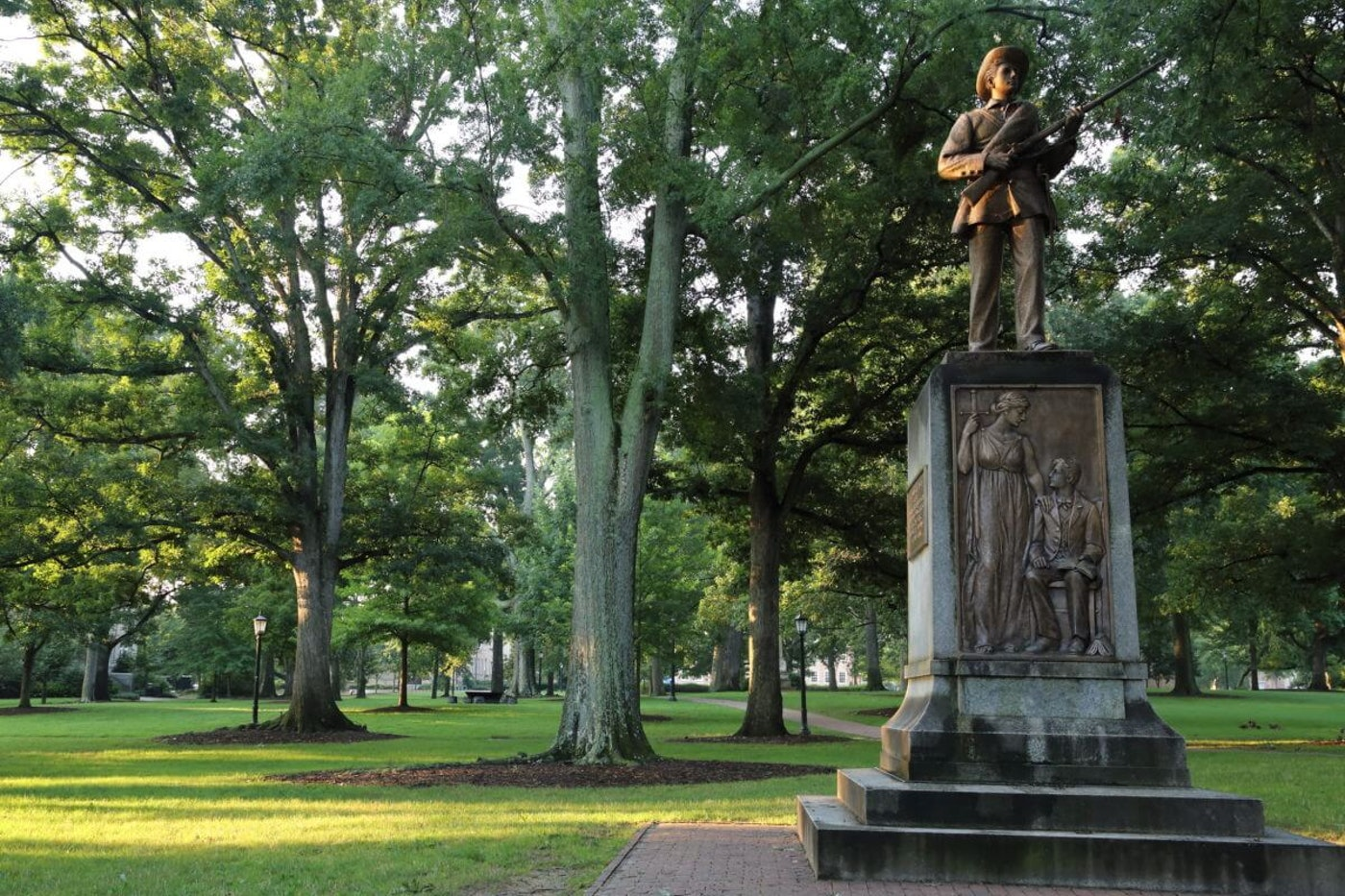 Silent Sam before it was taken down | Image via Don McCullough / Flickr