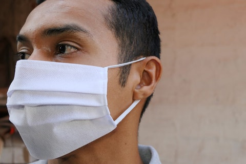 Was NC too slow to hire Spanish-speaking contact tracers to track coronavirus spread in Latino population? (Image via Shutterstock)