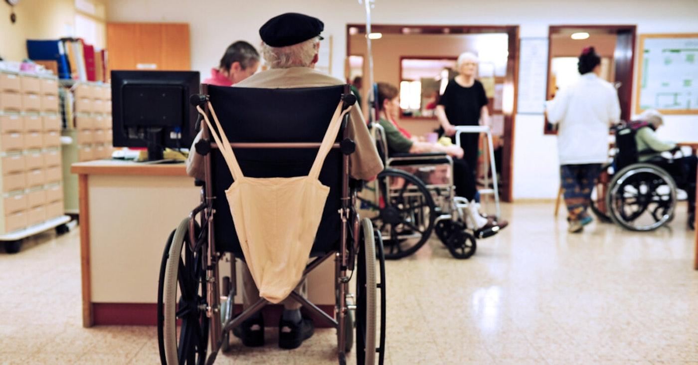 seniors-in-nursing-homes