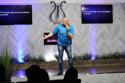 Pastor-Rafael-Kinard-Floricua