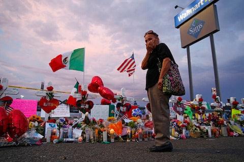 latinos-mourn-anniversary-el-paso-shooting
