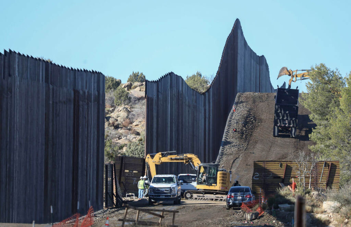 trump-unfinished-border-wall