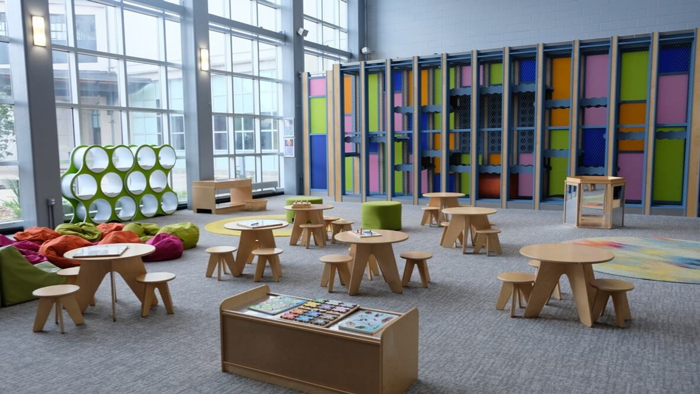 Photo of an empty classroom at The Science Museum of Virginia