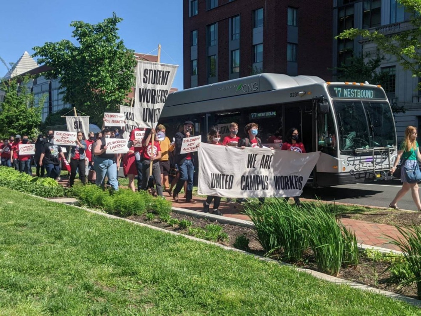 VCU union members march to raise awareness for their demands