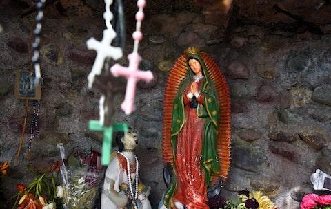 catholic-amy-barrett-latinos