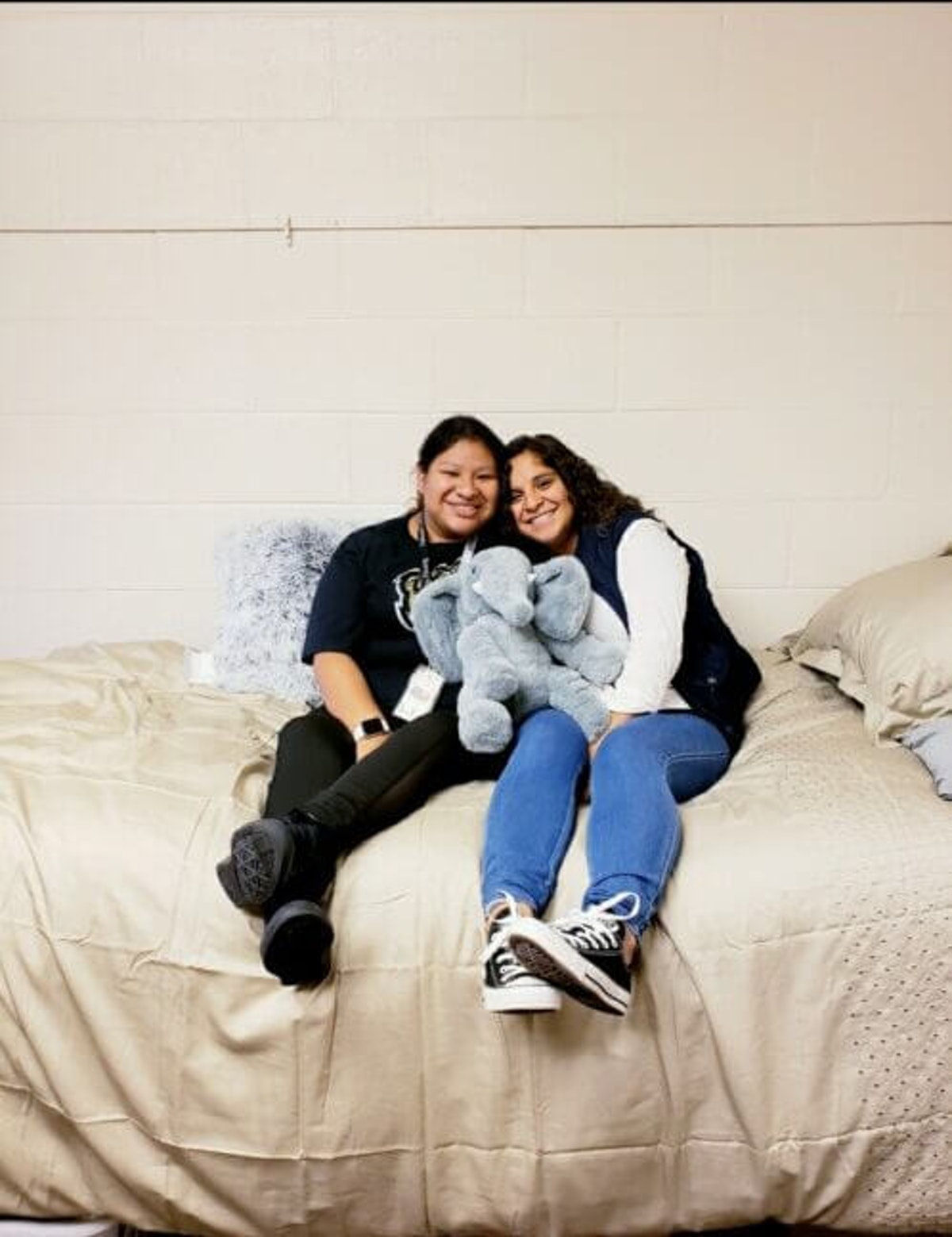 Lansing sisters Shoshie and Jaquelin Fox-Long, 20.