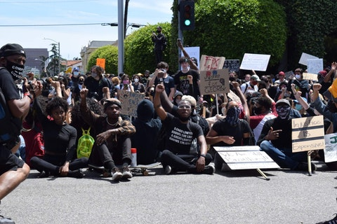 Los Angeles protest, 5/30/20 | Image via Lacy Lew Nguyen Wright