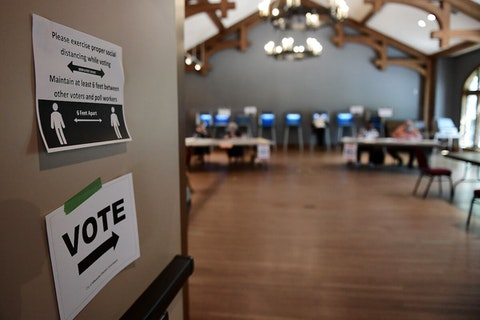Milwaukee's Charles Allis Art Museum served as a polling station on Aug. 11. (Photo by Stacy Revere/Getty Images)