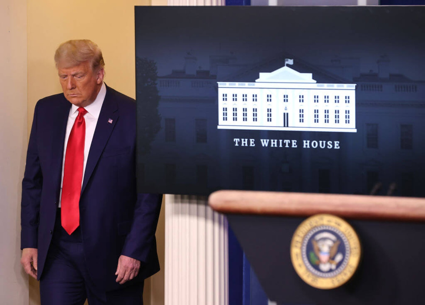 WASHINGTON, DC - NOVEMBER 24: U.S. President Donald Trump arrives to speak to the press in the James Brady Press Briefing Room at the White House on November 24, 2020 in Washington, DC. Trump made brief remarks about the stock market hitting 30,000. (Photo by Chip Somodevilla/Getty Images)
