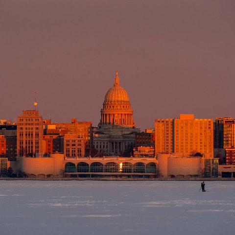 The Wisconsin Capitol building dominates the skyline of downtown Madison in this photo from Jan. 28, 2021. (Photo © Andy Manis)