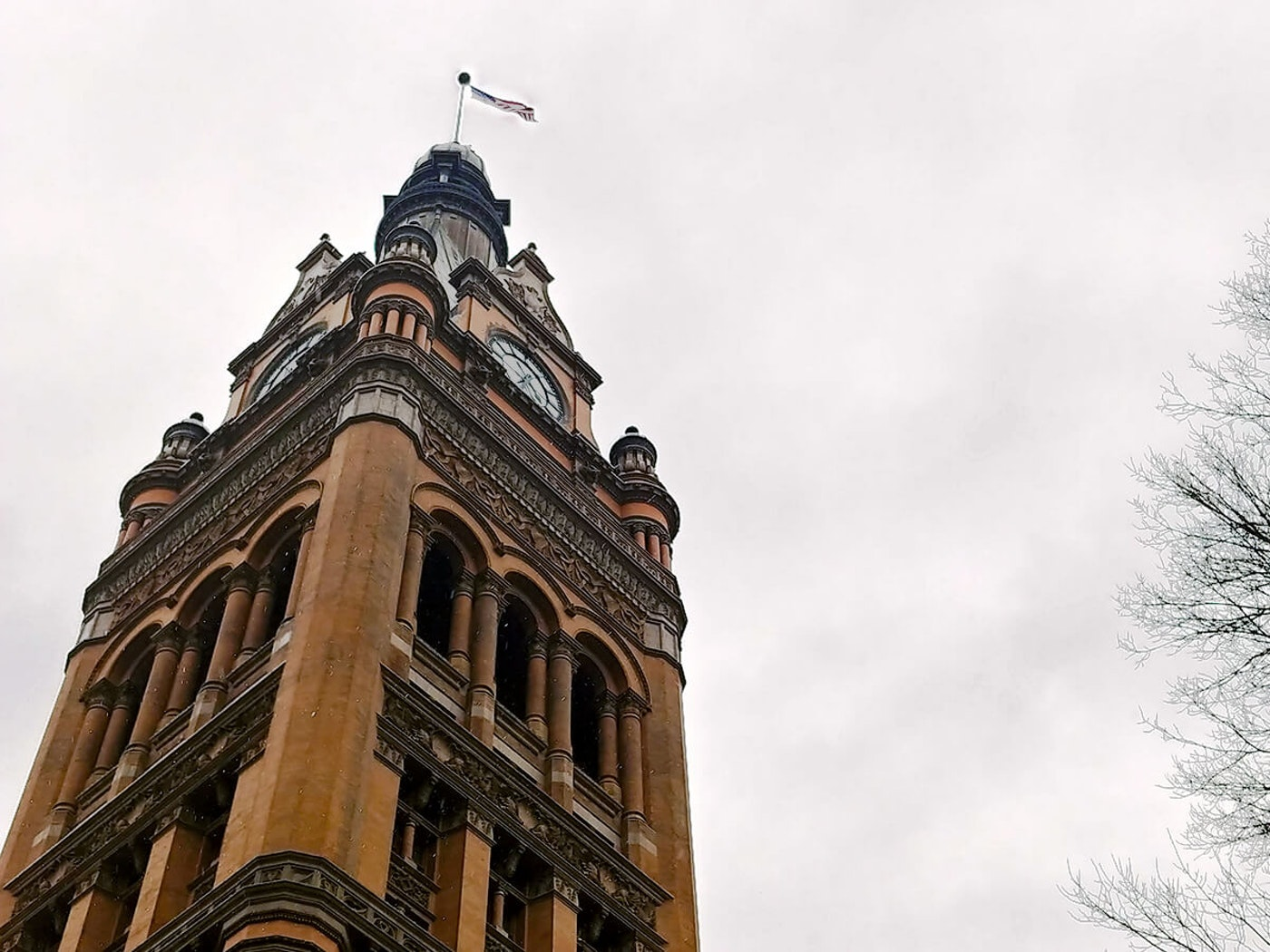 Milwaukee Will Give Hazard Pay to All Frontline City Employees