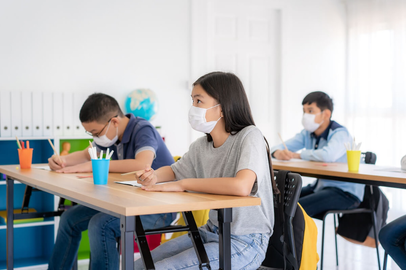 Teachers with underlying health conditions express concerns over being forced back to teach in their classrooms.  (Shutterstock image)