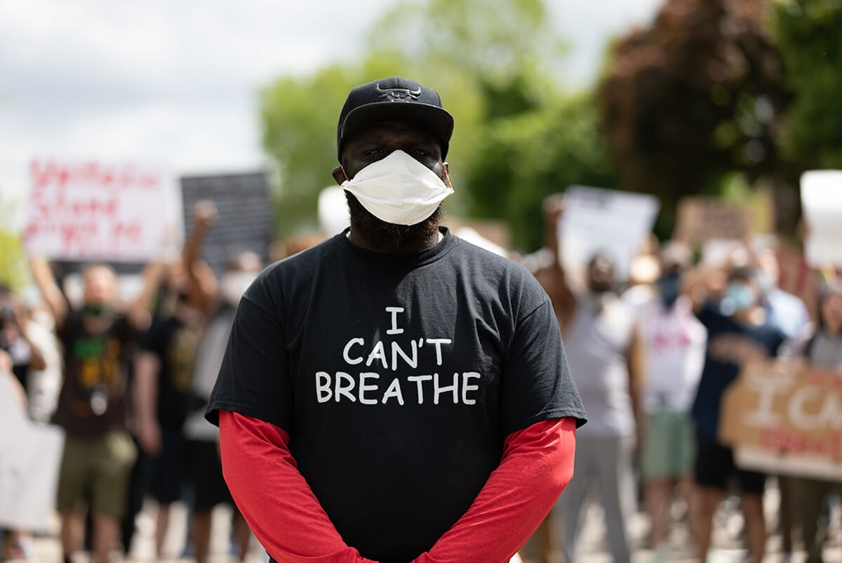 Milwaukee Orders Police To Develop An 'I Can't Breathe' Policy