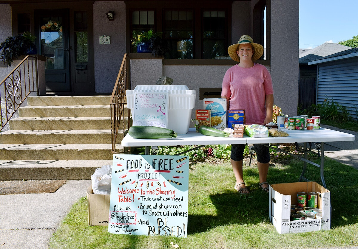 Free Food Stand Helps Fill A Racine Food Desert