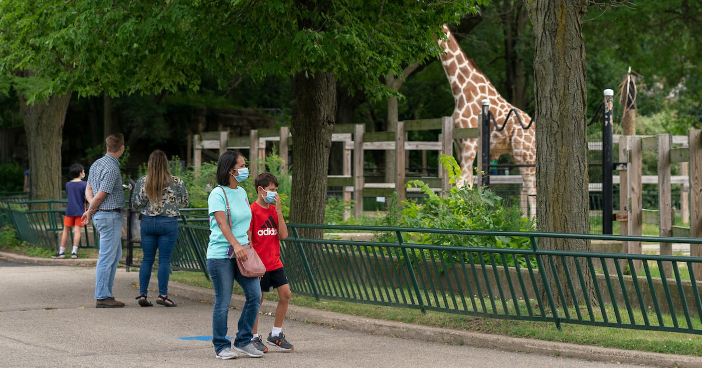 Visitors to the Henry Vilas Zoo in Madison in July are seen wearing face masks. Health experts continue to stress the need to wear face masks to stop the spread of the coronavirus. (Photo © Andy Manis)