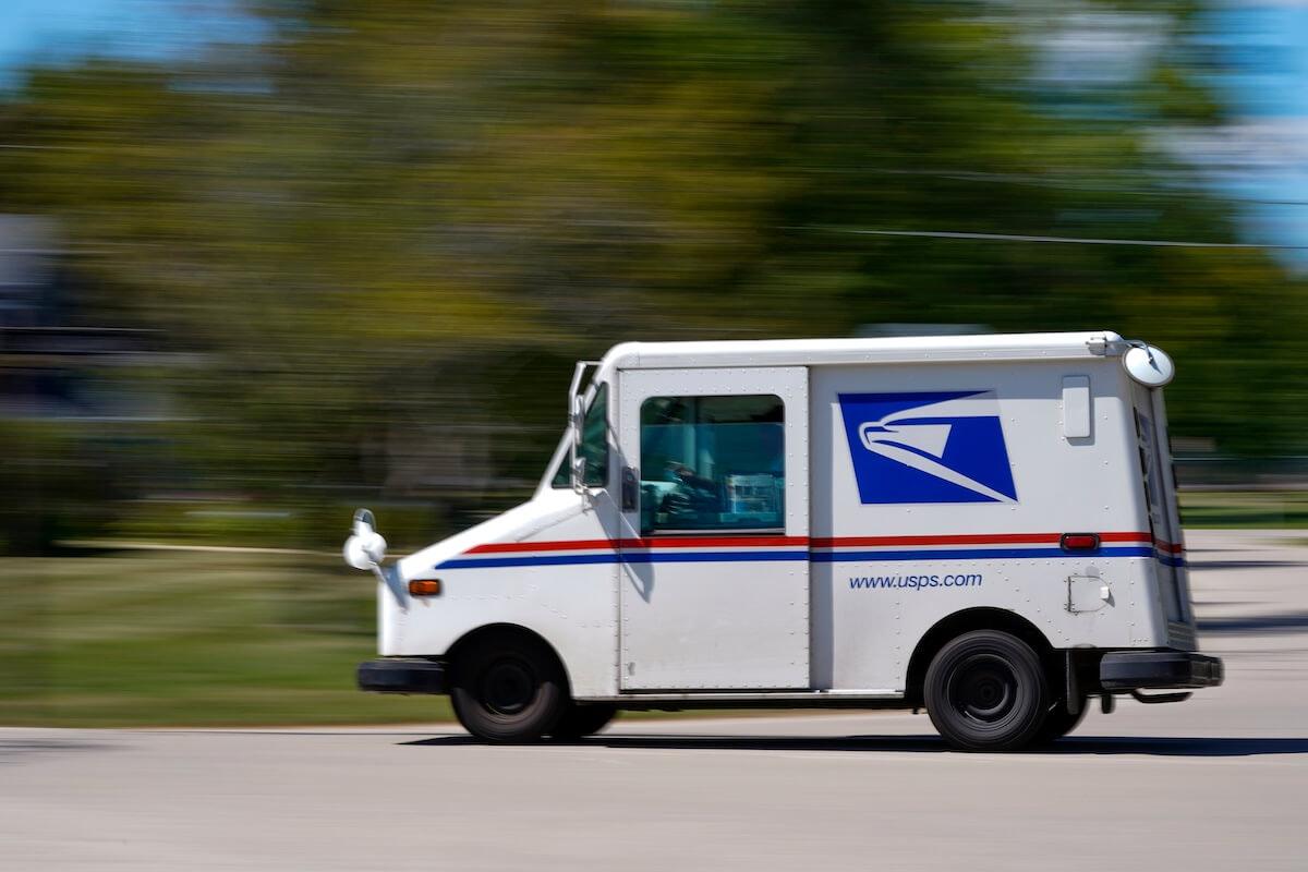 Postal service can handle absentee ballot volume