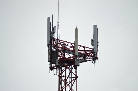 An internet tower. (Photo via Pexels/Miguel Á. Padriñán)