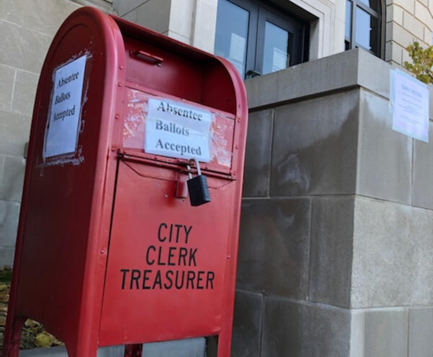 An absentee ballot drop box outside Racine City Hall. (Photo courtesy of Matt Sadowski)