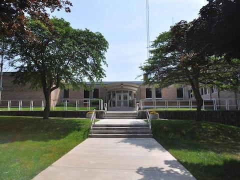 Milwaukee Public Schools building