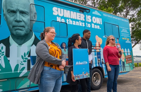 """Opportunity Wisconsin's """"Summer is On, No Thanks to Ron"""" campaign is designed to remind people that at every step towards mitigating the pandemic and helping people and businesses recover, Johnson has stood in opposition. (Photo by Christina Lieffring)"""