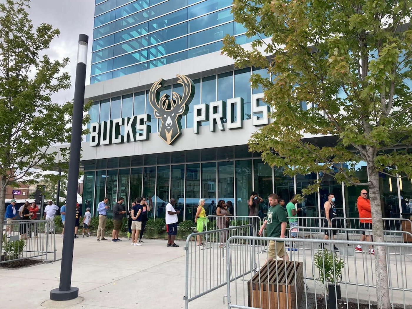 Hours after the Milwaukee Bucks won the NBA Finals, fans lined up outside the Bucks Pro Shop in the Deer District to get championship merchandise. (Photo by Olivia Stern)