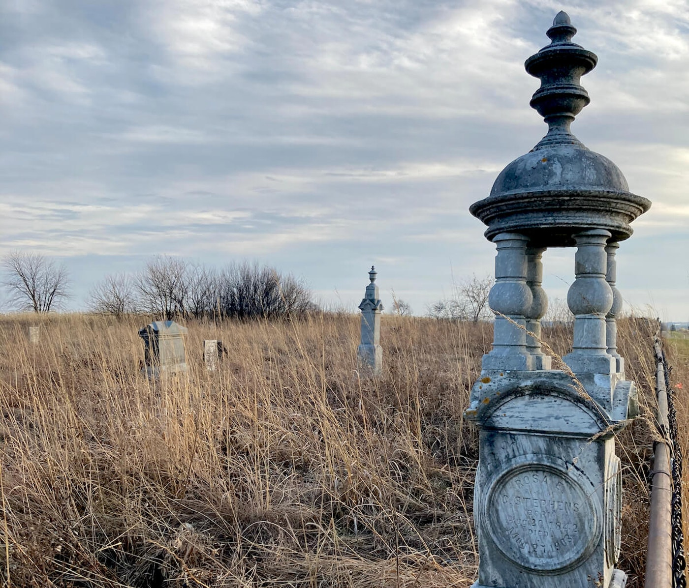 Green's Prairie Cemetery, near Monroe, is the resting spot of veterans of the War of 1812 and the Blackhawk Wars of 1832. (Photo by Susan Lampert Smith)
