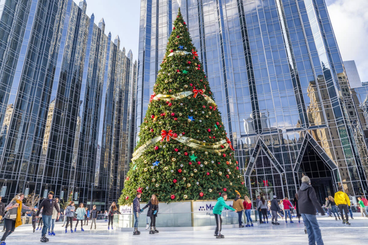 Ice skaters have fun at the rink at PPG Place in downtown Pittsburgh in 2018. (Shutterstock Photo/Belikova Oksana)