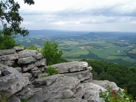 Harvey Sutton and his family would have seen sights like this as they trekked through the Pennsylvania portion of the Appalachian Trail. (Shutterstock/DrewTheHobbit)
