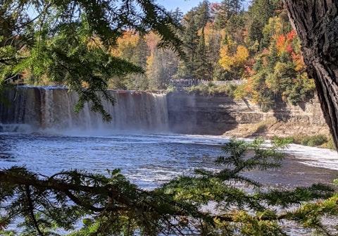 Tahquamenon Falls State Park in October 2020. Photos via Nick Meyer/The Gander Newsroom.