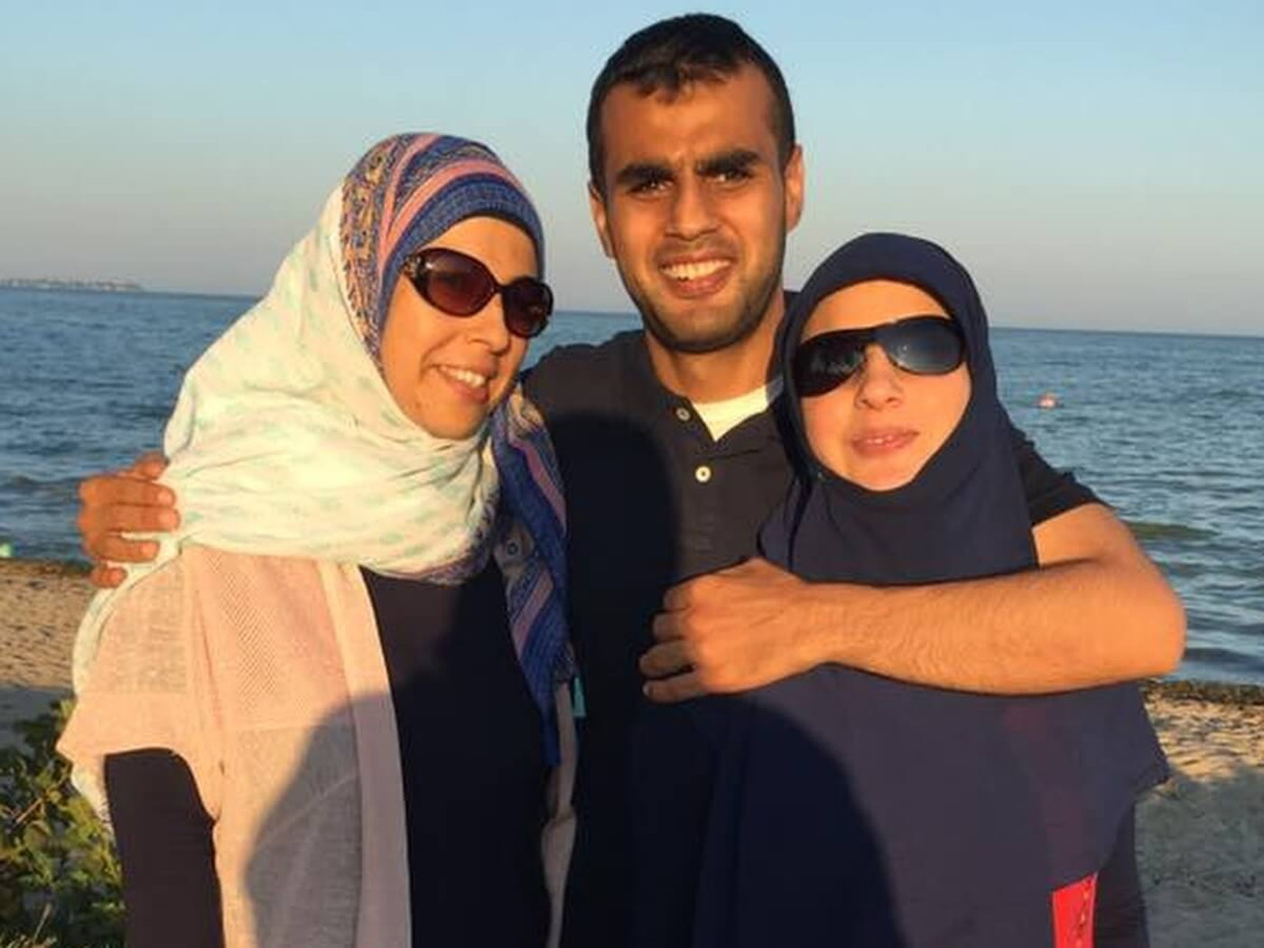 Khodr Farhat in 2017 reunited with his sisters after over eight years apart.