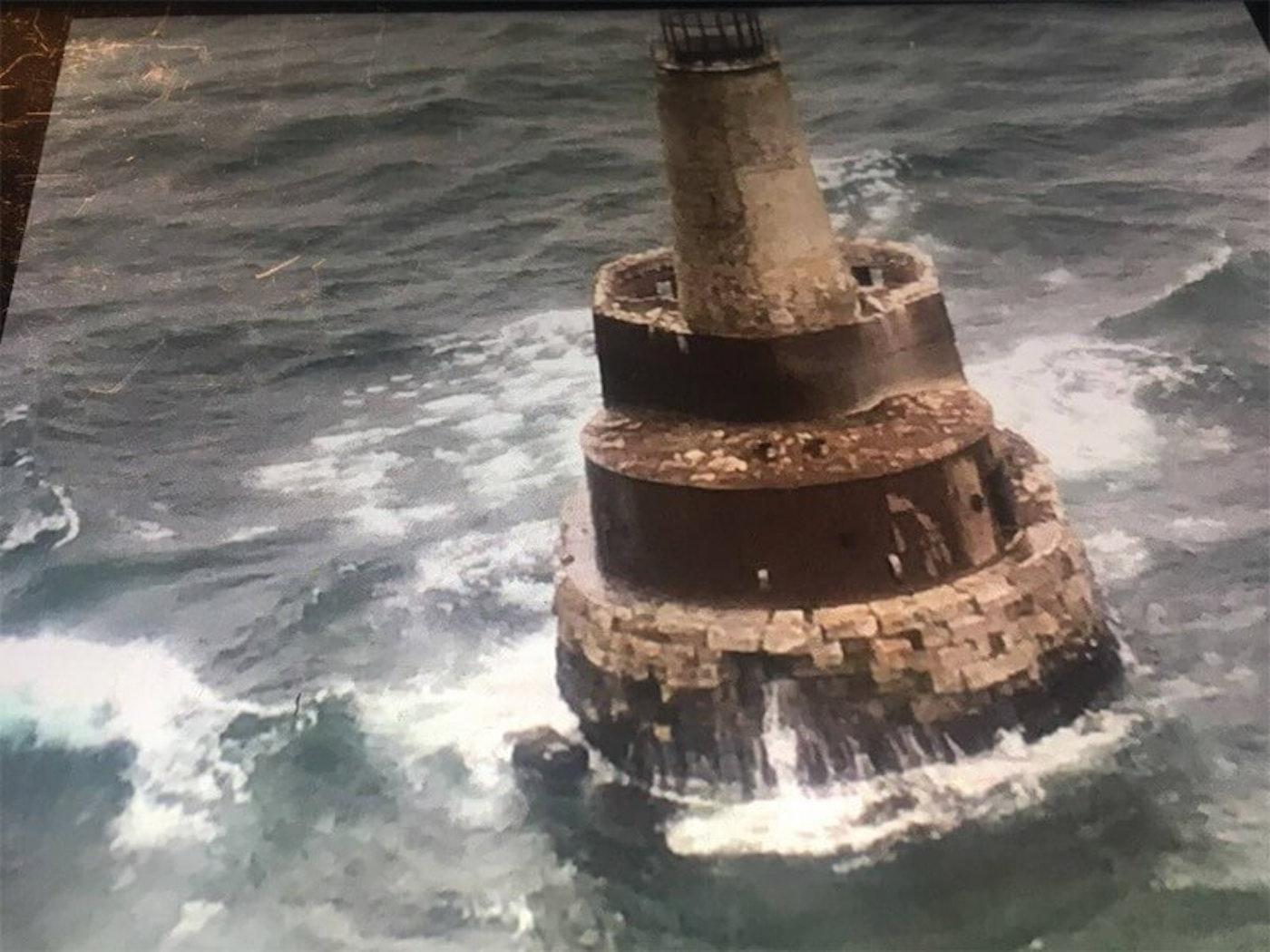 Photo courtesy the Waugoshance Lighthouse Preservation Society