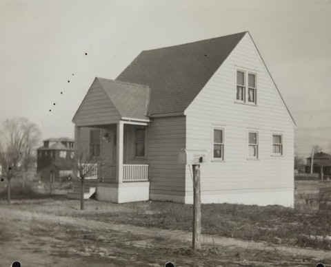 An early photo of a completed home in the Ford-Inkster Project, late 1930s. Image courtesy of the collection of The Henry Ford.